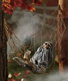 1-X-Interactive-Skeleton-in-Hammock-spooky-Halloween-decoration-sound-activated-0