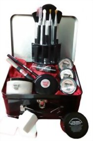 Bloody-Mary-Professional-Theatrical-Makeup-Kit-In-Bloody-Mary-Lunch-Box-0