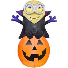 HALLOWEEN-INFLATABLE-5-VAMPIRE-MINION-BOB-ON-PUMPKIN-0