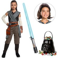 Star-Wars-Episode-VIII-The-Last-Jedi-Girls-Rey-Costume-with-Wig-and-Lightsaber-Bundle-Large-0